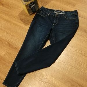 Seven Lux Skinny Jeans